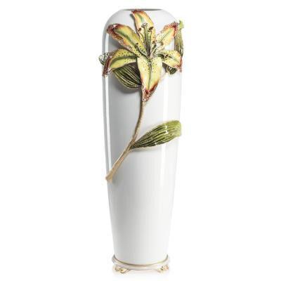 Luna - Lily Vase