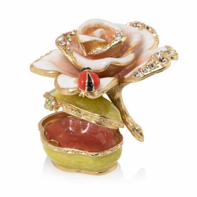 Flora And Fauna Diana Rose Box