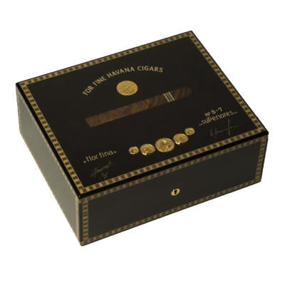 Wooden Humidor For 75 Cig. Medals Black Tinted